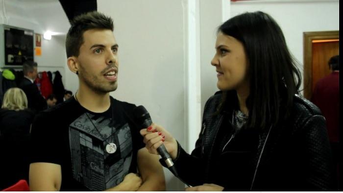 En la imagen, nuestra colaboradora Ruth Marques entrevista a Mario Lafuente, en los  camerinos  del Teatro Marín