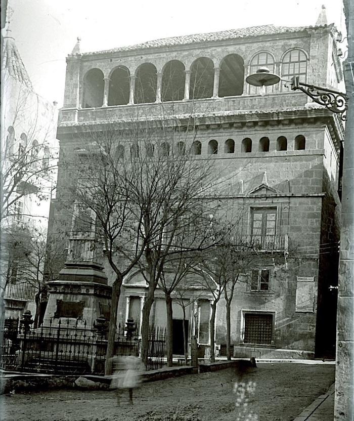 La Casa de la Comunidad (hoy Museo provincial) en 1908 - Eco de Teruel